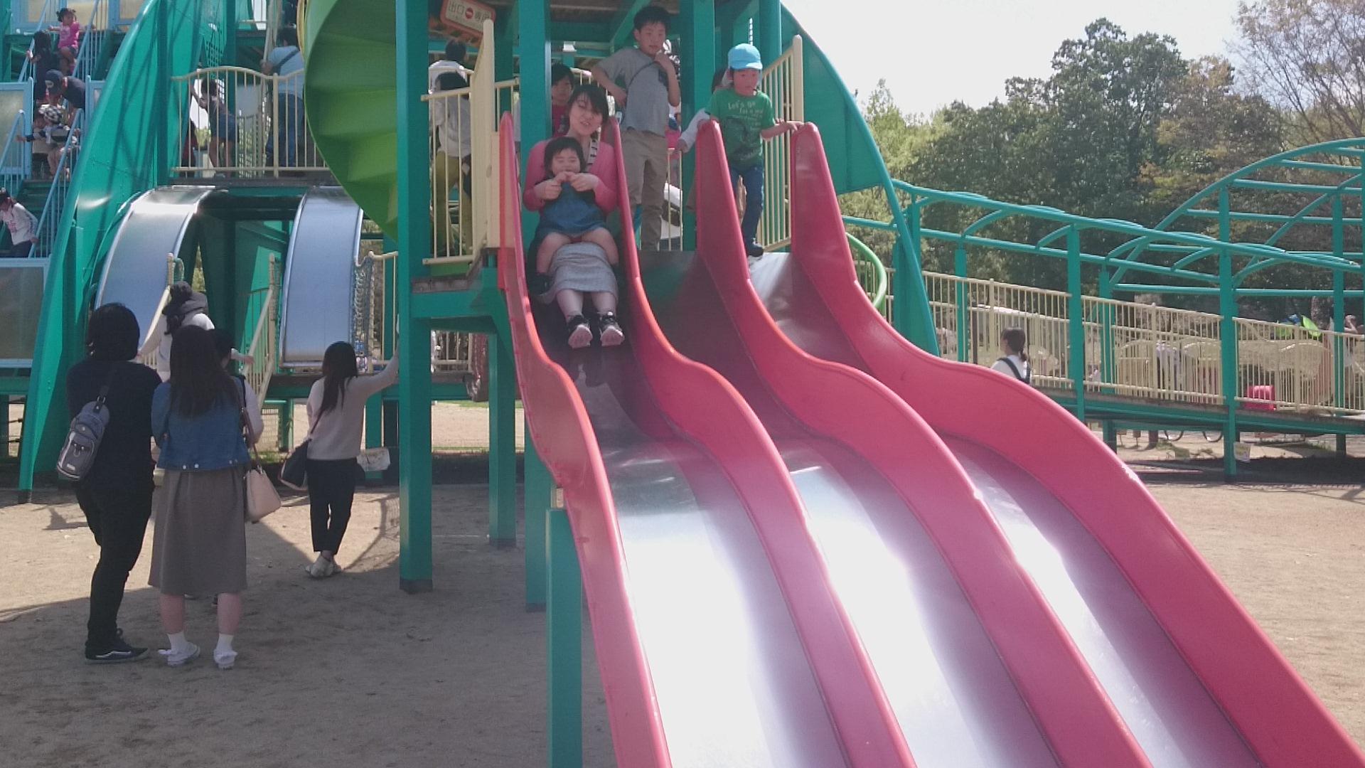 外で思いっきり体を動かそう!親子で遊べる関西の公園おすすめ15選