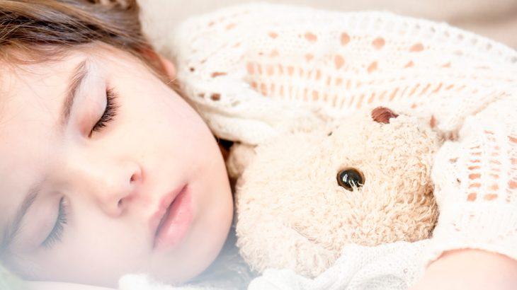 仕事と家庭の両立。子どもの寝顔をみてあなたはどう思う?